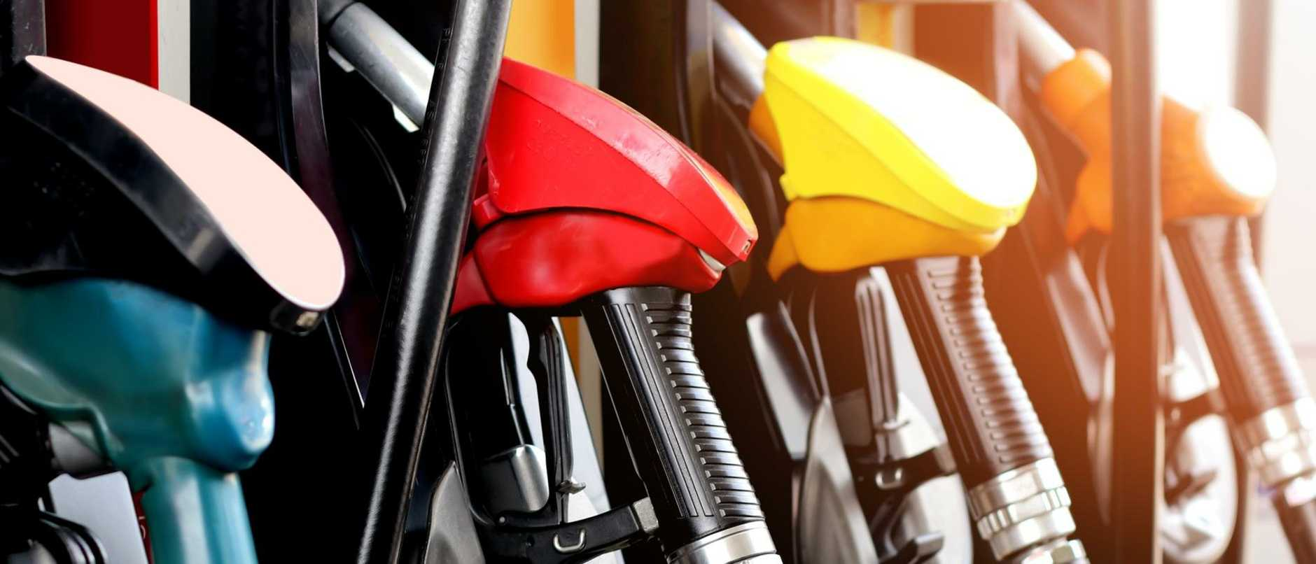 A peak automotive group is urging motorists to shop around or fill up the tank only if desperate, as fuel prices climb to near-record highs.