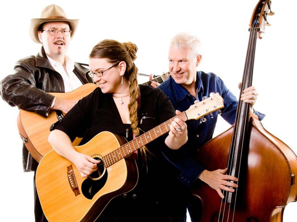 The Beggars Christmas Favourites will be performing at the Capella Cultural Centre to kick off the festive season.