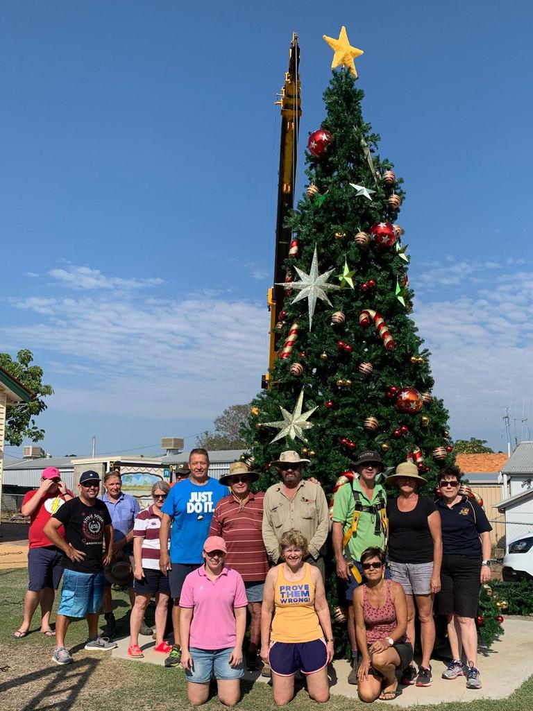 Setting up the 2019 Community Christmas Tree in Gayndah. Photo: Contributed