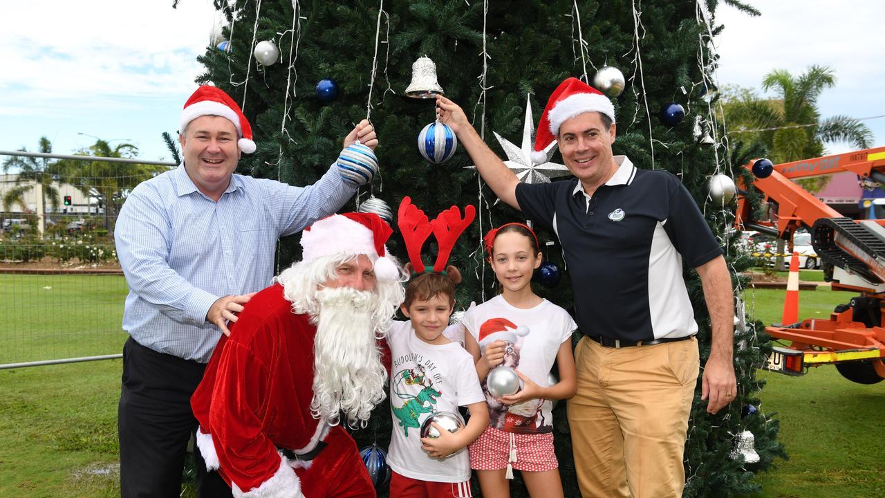 Mayor Jack Dempsey, Santa, Harrison Dart, Reece Dart and Ergon Energy's Michael Dart gearing up for Christmas in 2017.