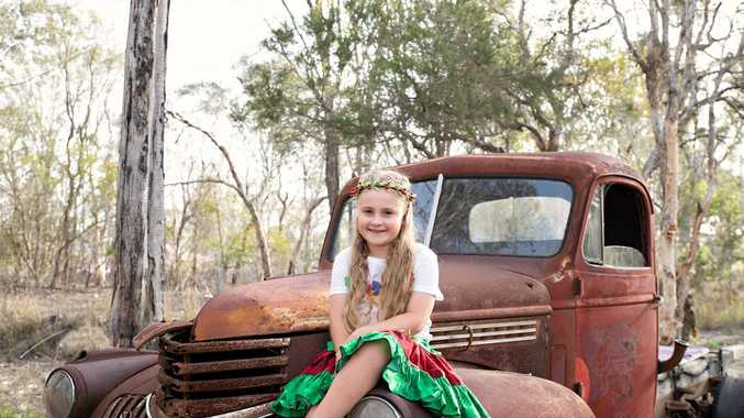 45 PHOTOS: Bundy's kids get into the Christmas spirit