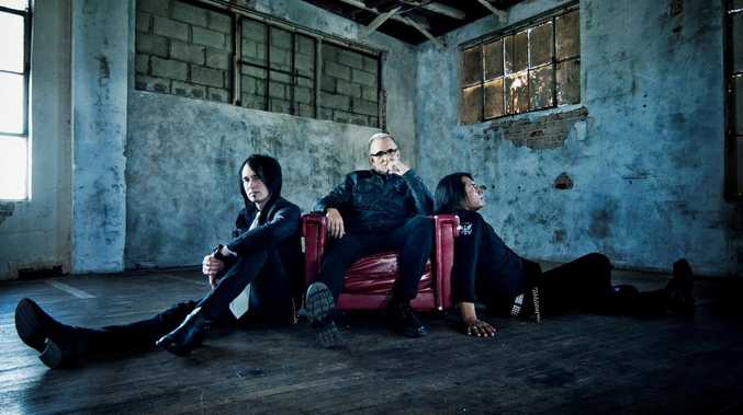 Everclear brings grunge-era hits to the Coast