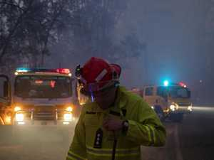 Pechey bushfire reaches turning point: control lines held