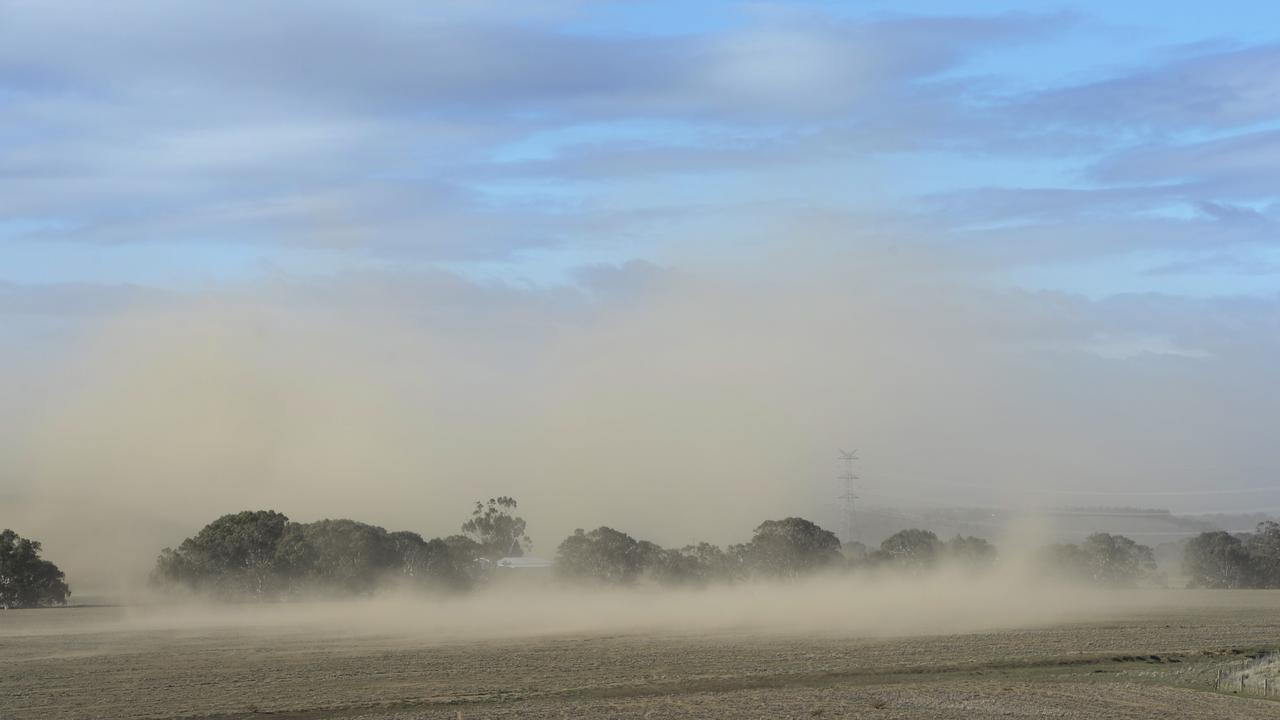 DUST: Burdekin MP Dale Last has called for mines to urgently upgrade or install systems to control the issue. Generic image used.