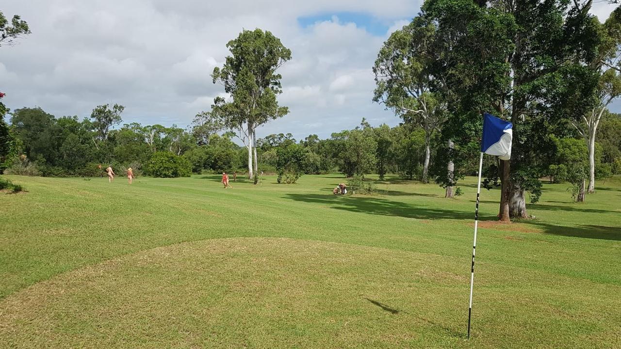 Savannah Park Retreat guests enjoy a day of golf at the Cobraball Road tourist park.