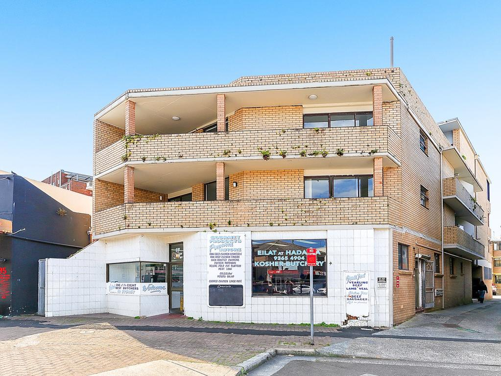 17 O'Brien St, Bondi Beach, sold for $12.8 million. The guide had been $10 million.