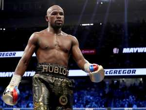 Floyd Mayweather says he is coming out of retirement