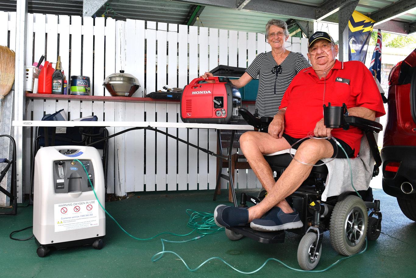 Bill and Trish Senn who won a Honda Generator.