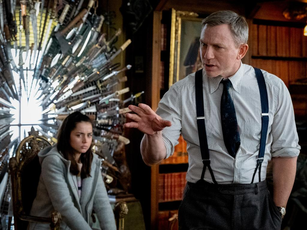 Ana De Armas and Daniel Craig in Knives Out.