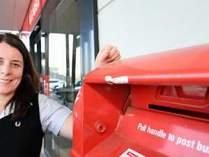 Doors at post office open longer ahead of massive Christmas