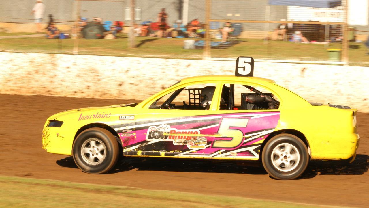 Queenslander Steve Jordan is a contender for race honours in Saturday's main event at Castrol Edge Lismore Speedway.