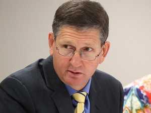 Former LNP leader announces return to politics