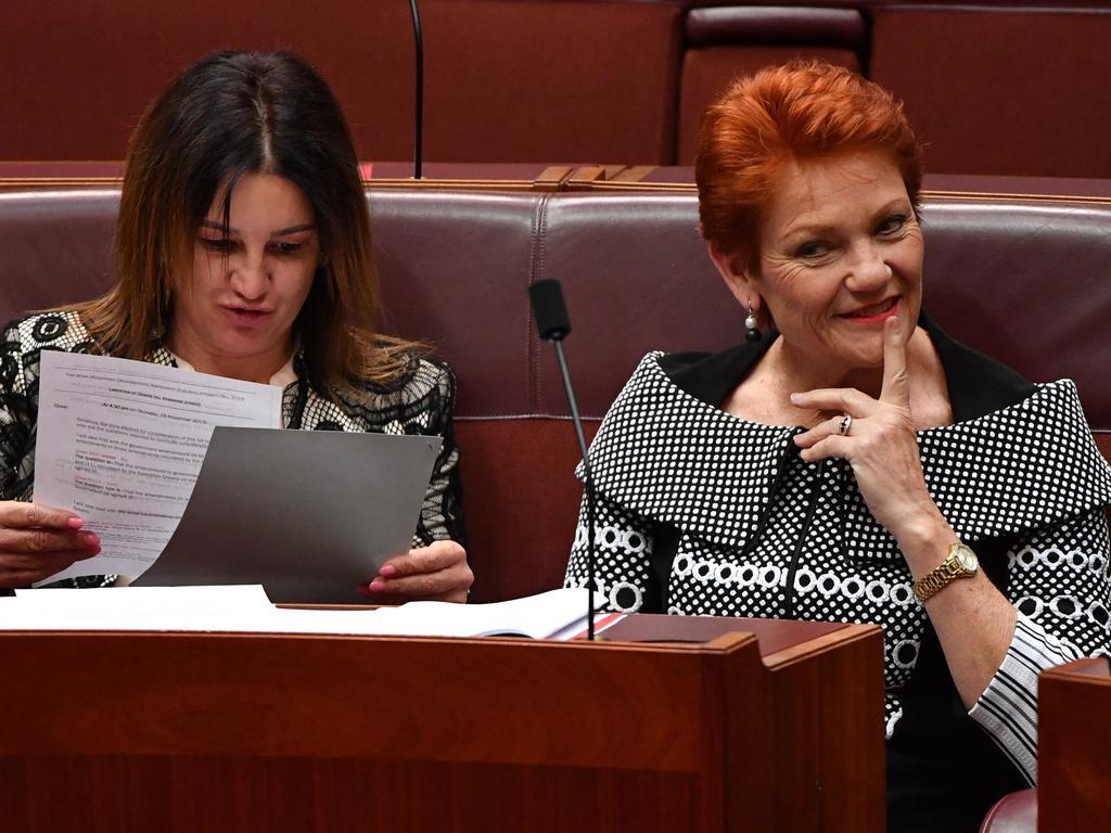 Senator Jacqui Lambie and One Nation leader Senator Pauline Hanson. Picture: AAP