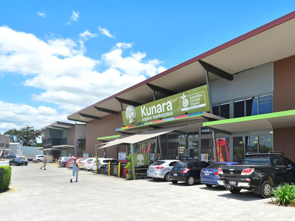 The parent company of Kunara Organic Marketplace, Natural Grocery Company, has gone into administration, leaving local suppliers in the lurch.