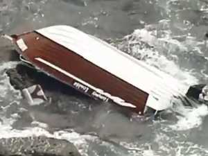 Man dead, two rescued after boat capsized