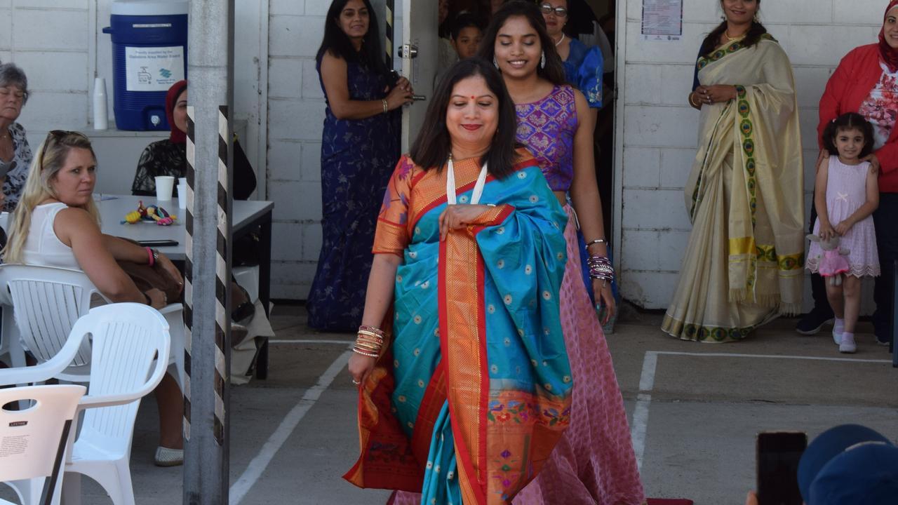 Pratibha and Saniya Kamble in traditional Indian dress at Welcoming Intercultural Neighbours' Flourish 30 November 2019