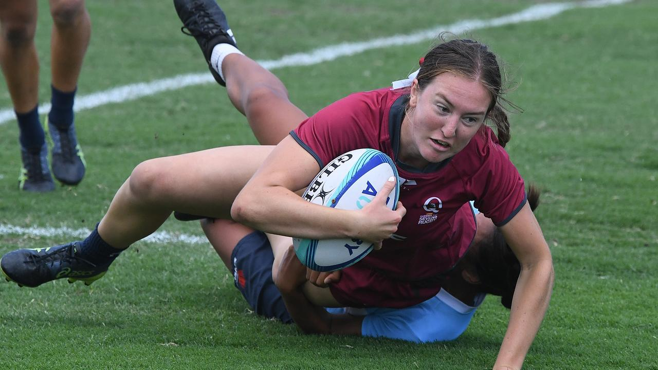 IN ACTION: Noosa's Amy Brice for the Queensland under-17 team at the National Youth Sevens Cup at Sunshine Coast Stadium. Picture: Warren Lynam.