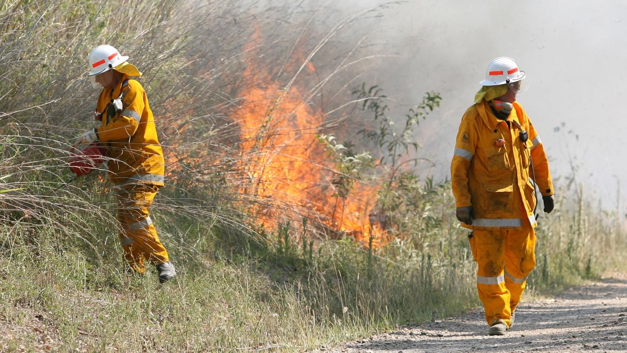 With temperatures in Mackay pegged to hit between 35 and 40 degrees until Thursday, the Central Coast and Whitsundays region will remain on high fire alertPhoto: Chris Ison