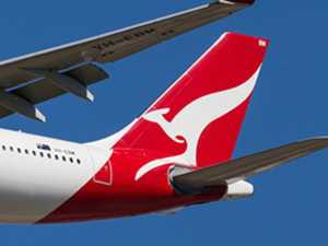 Qantas drops $99 flight sale for Christmas