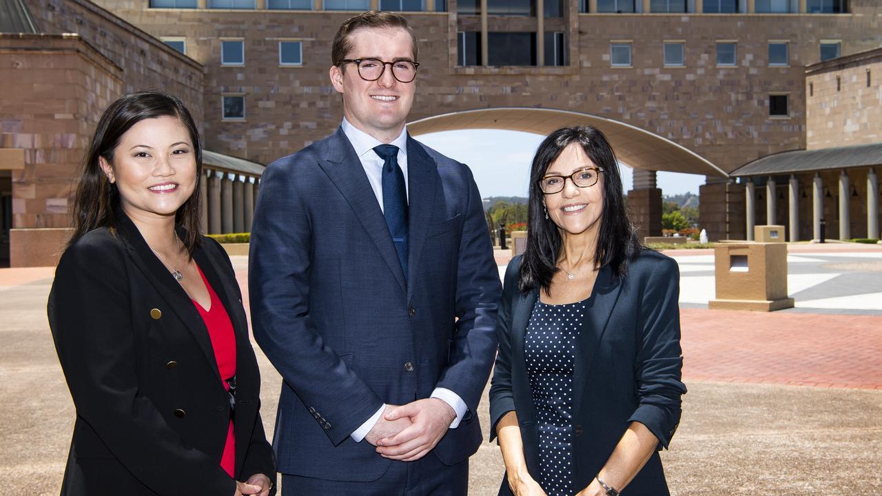 Tammy Tye of MinterEllison Gold Coast, Bond University student Nicholas Hart and Associate Professor Franci Cantatore.