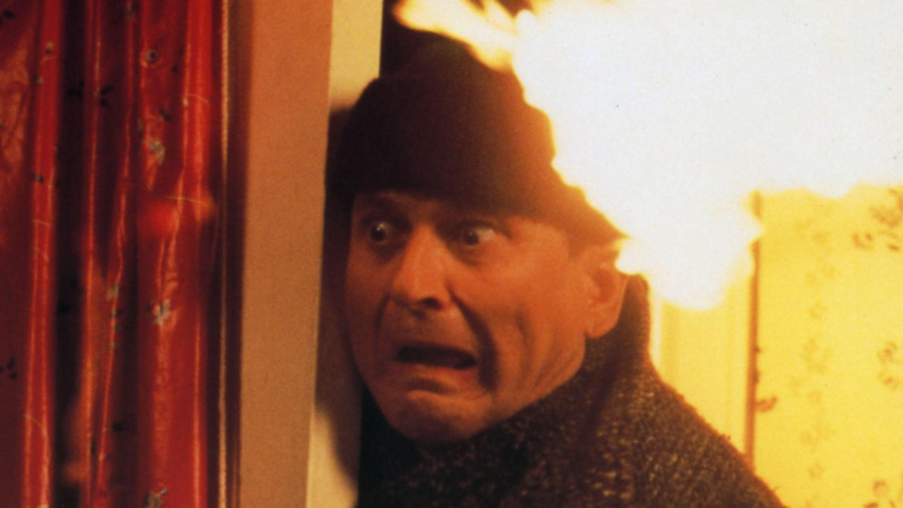 Joe Pesci as Harry in Home Alone.