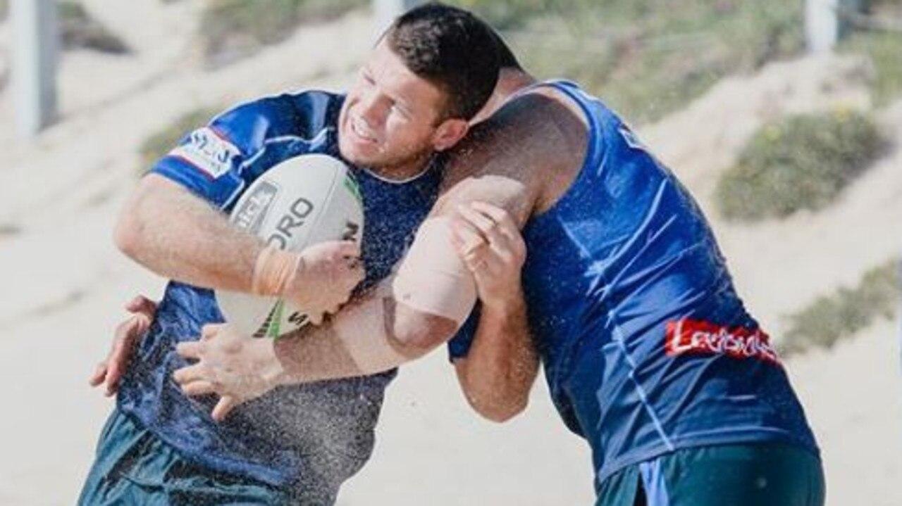 Bulldogs players train at the Wanda sand dunes.