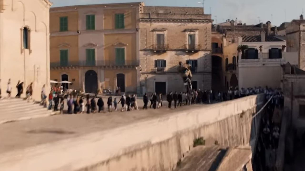 It's not a Bond without an insane chase sequence