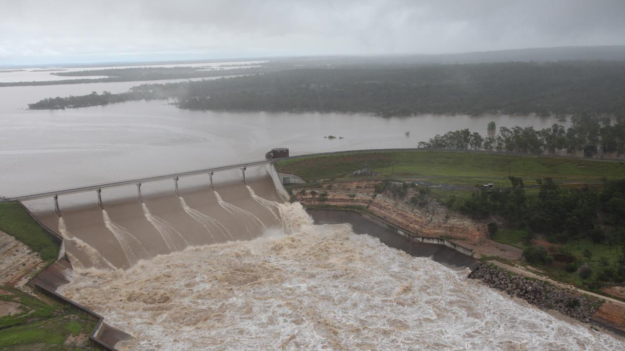 Fairbairn Dam overflowing in December 2010. Photographer: Jodie Richter.