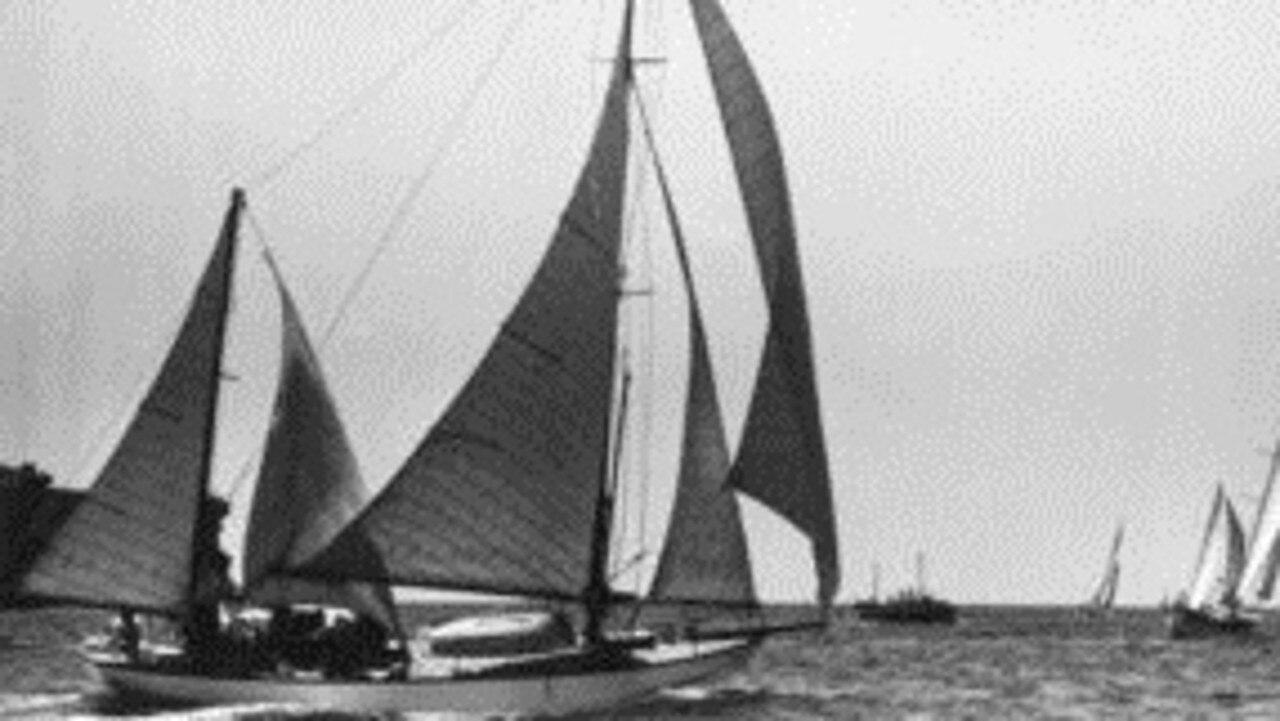 Peter Luke's Wayfarer at the start of the 1945 Sydney - Hobart Yacht Race.