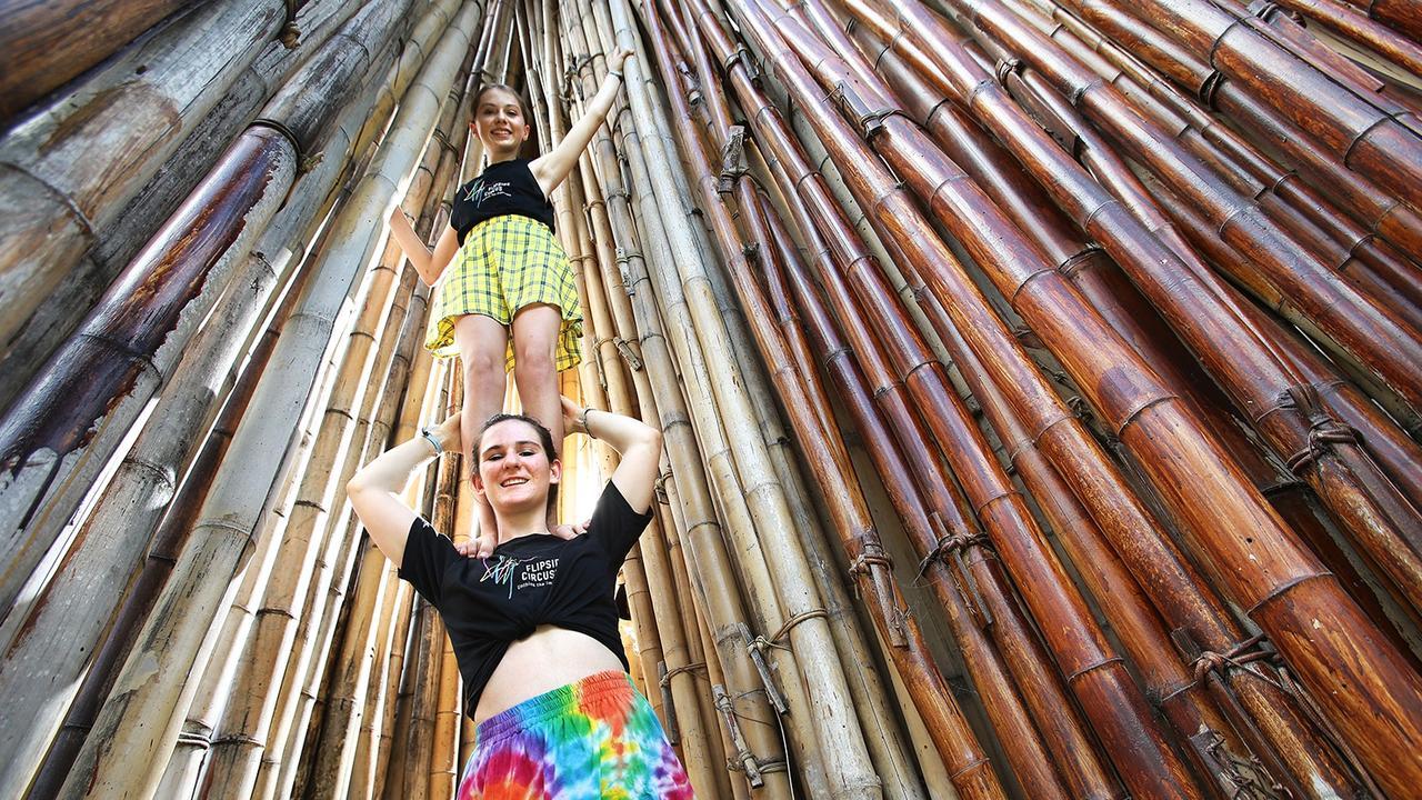 Tula Holmes and Nina O'Brien, from Flipside Circus, pose at the 2018 Woodford Folk Festival. (AAP Image/Claudia Baxter)