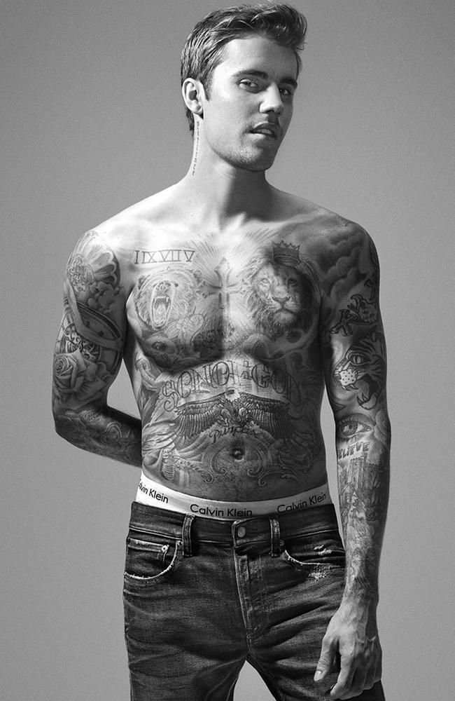 Men and women want Justin Bieber's 'Patience' neck tattoo. Picture: @calvinklein/Instagram