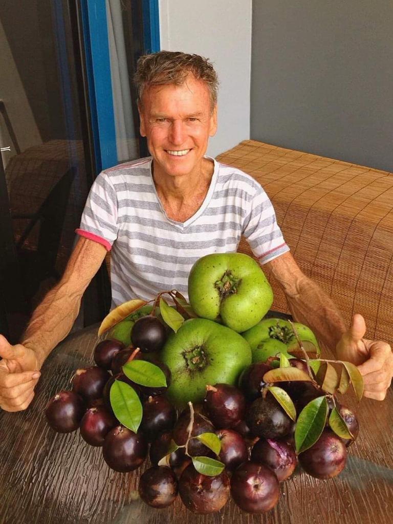 Cairns chiropractor Robert Lockhart stuck to a strict raw food diet for decades. PICTURE: SUPPLIED