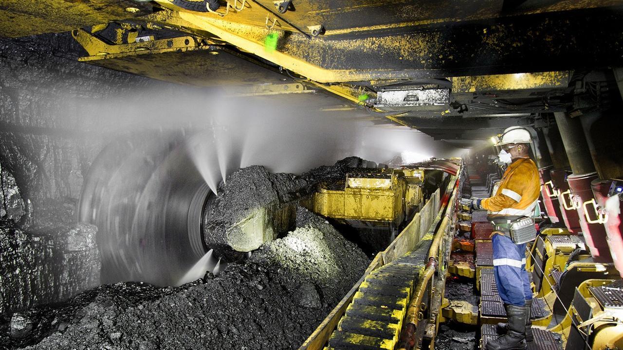 Longwall mining at North Goonyella mine 160km west of Mackay in Queensland's Bowen Basin. Mining. Coal.