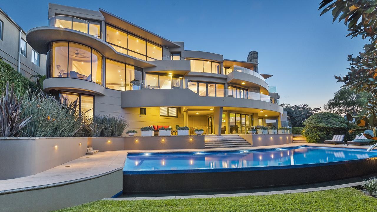Pilot Energy chairman Wilson Hui Xiong Xue has taken a $4 million loss following the secret sale of a mansion.