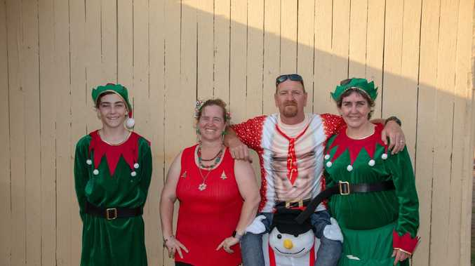 PHOTO GALLERY: Marburg decks the halls for Christmas fest