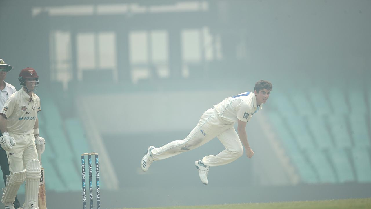 The show must go on: Sean Abbott in action. Picture. Phil Hillyard