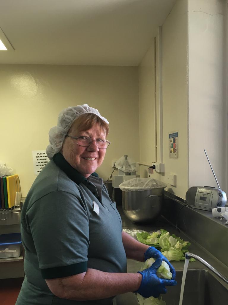 Sharen O'Brien demonstrates good food safety ahead of the festive season.