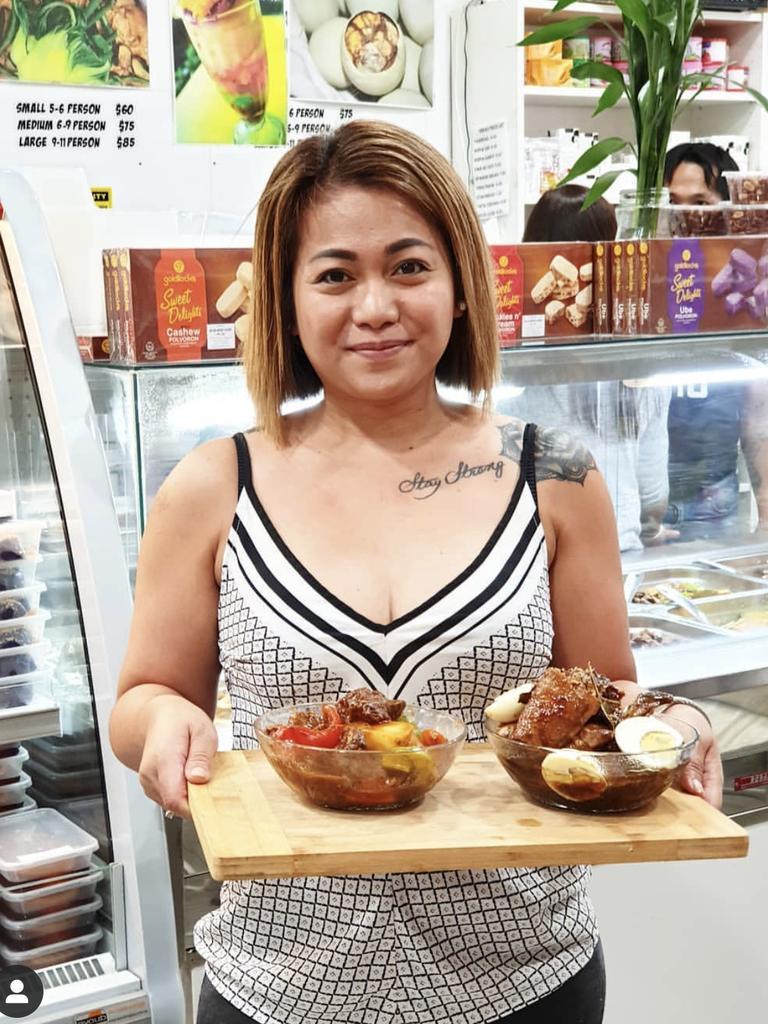 Shiela Mcaleer, 37, at Kapamilya.