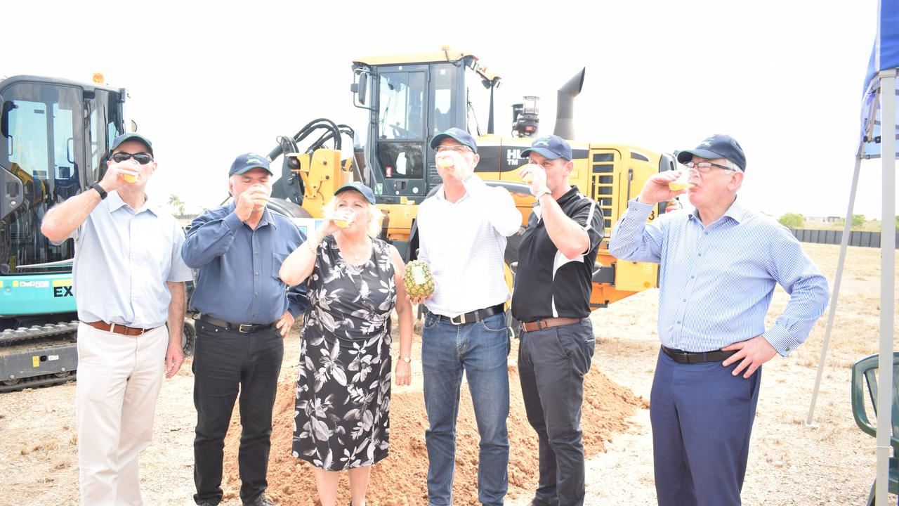 John Bauer, Livingstone Shire Council Mayor Bill Ludwig, Federal Member for Capricornia Michelle Landry, Director of Tropical Pineapples and Hidden Valley Harvest Joe Craggs, Principal of ASM Builders Sam Milfull and Director of Harvest Group Andrew Robb.