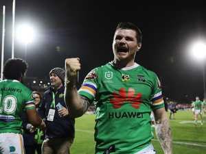 Footy star ire at 'freak' journalist's cash for dirt bid