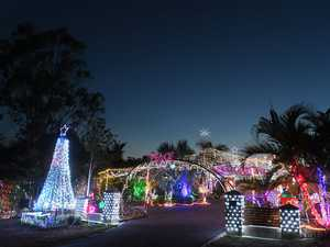 8-10 Loder Road Thagoona. Christmas lights.