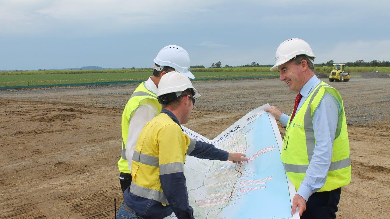 A new section of the Pacific Highway, between West Ballina and Pimlico, is now open to traffic.