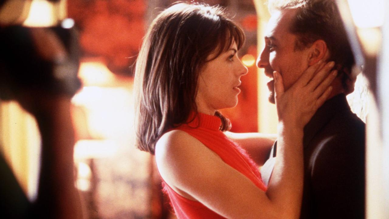 Matthew McConaughey and Liz Hurley in the 1999 movie EdTV.