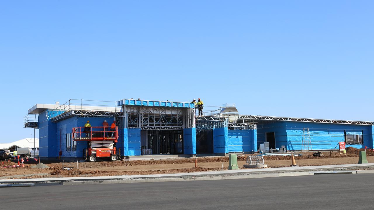 The Qantas Pilot Academy under construction.