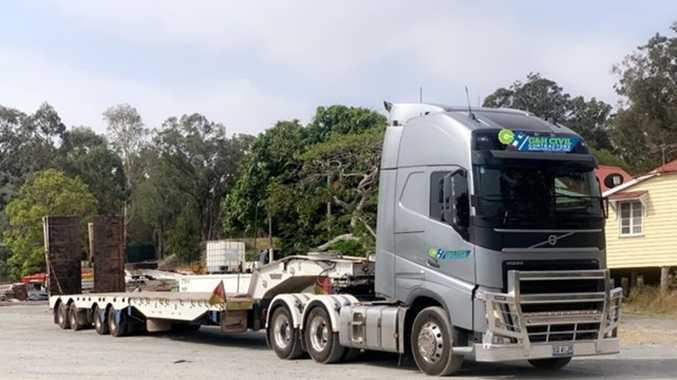 Irish truckies unite  to help our farmers