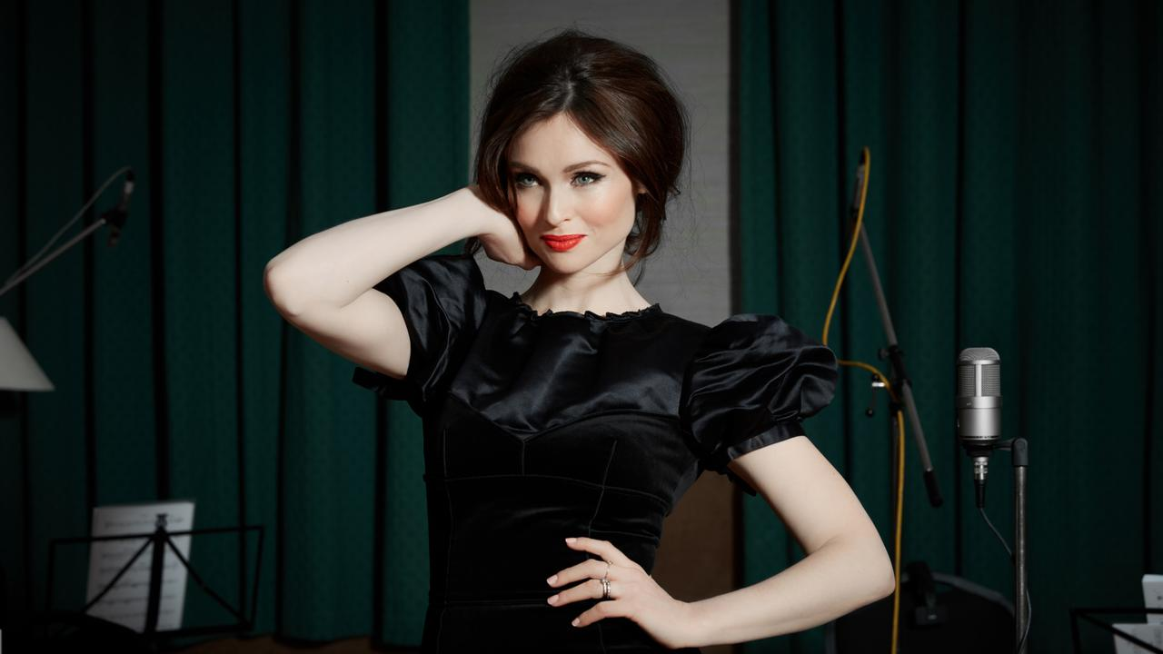 Murder on the Dancefloor singer Sophie Ellis-Bextor is heading to Australia for the So Pop festival.