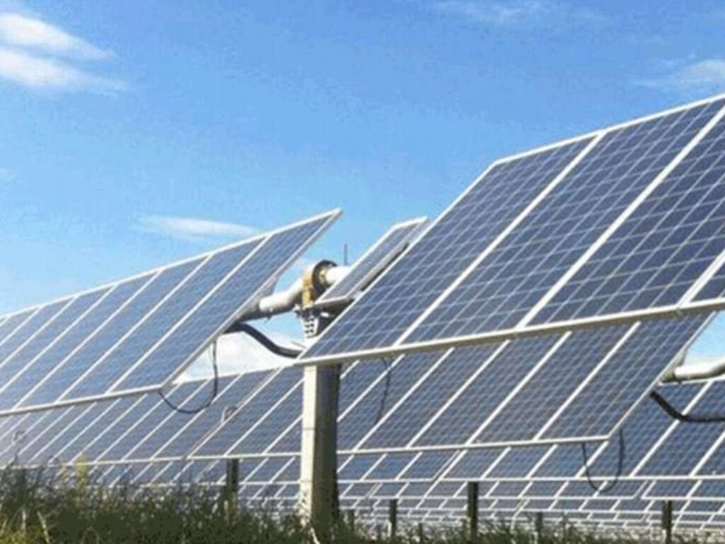 'The idea to cover the Northern Territory with solar panels and export it to Singapore and Jakarta is just absurd.'