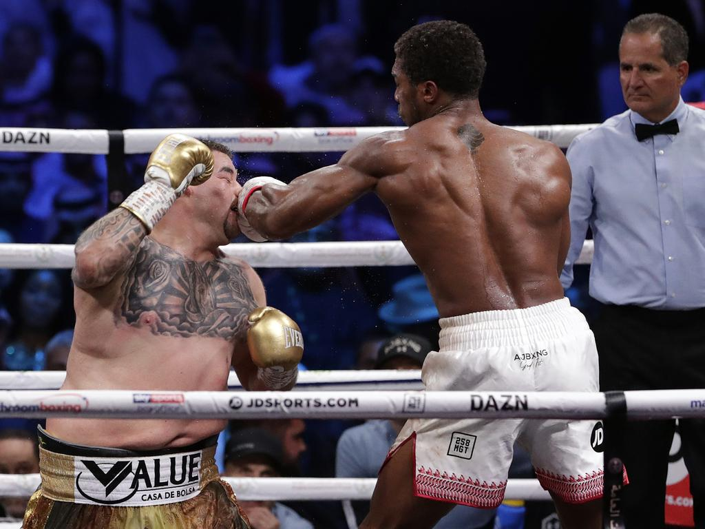 Ruiz was way too slow on his feet and didn't have the fitness to really test his opponent.