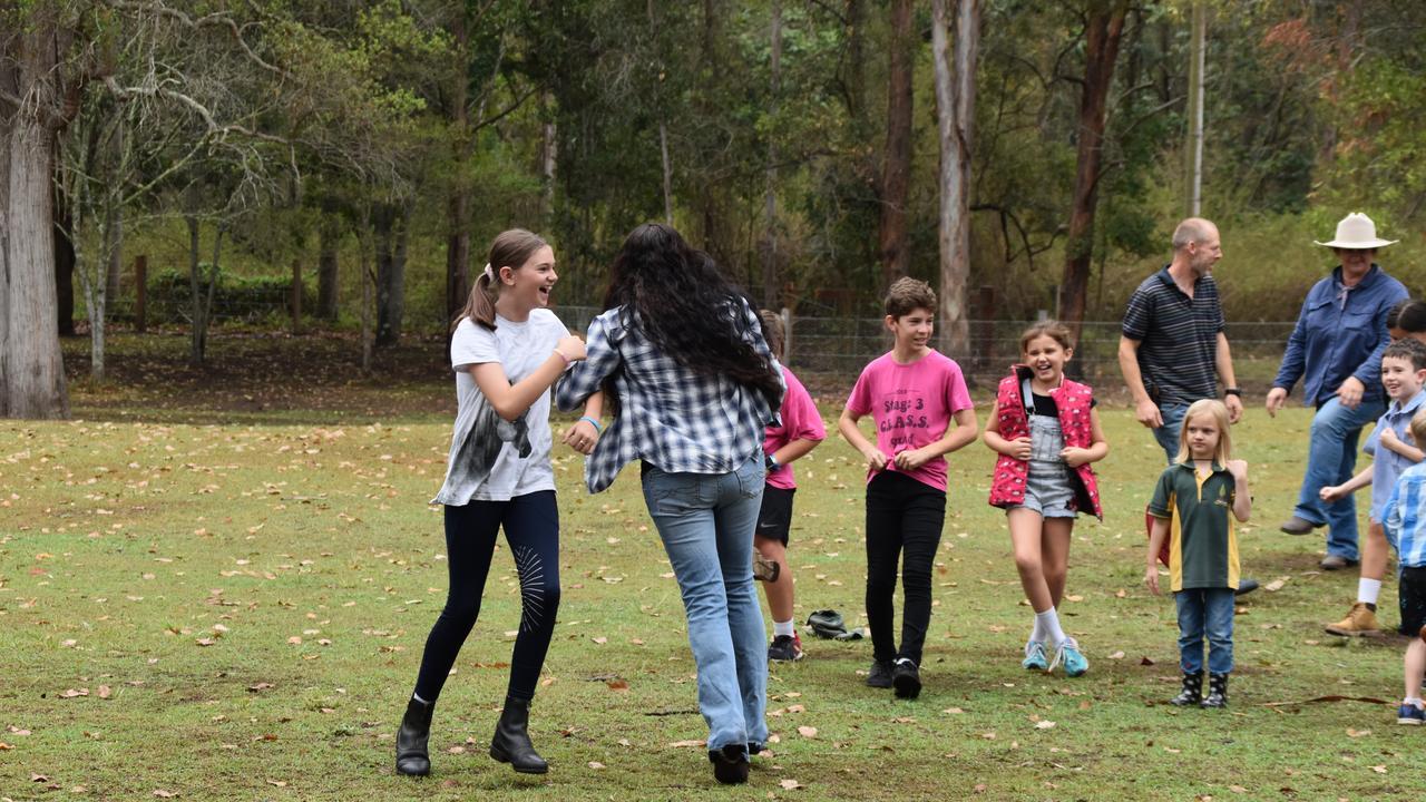 Leeville Public School got involved in the Bust the Dust raindance on Friday morning. 'Raindance' singer Sara Storer visited the school for the occasion.