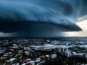 Hervey Bay to Brisbane: Storms, supercell, giant hail